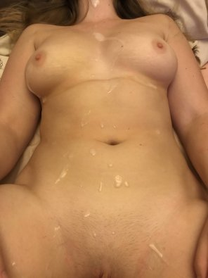 amateur photo Glazed from my pussy up! Biggest load ever 😈 [OC]