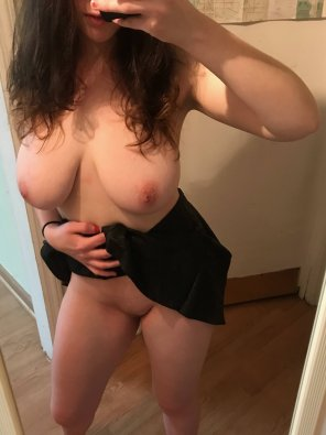 amateur photo Peek-a-boo [f]
