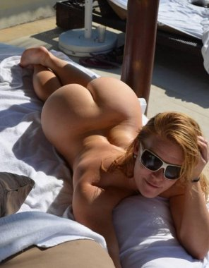 amateur photo ginger pawg thick white asss