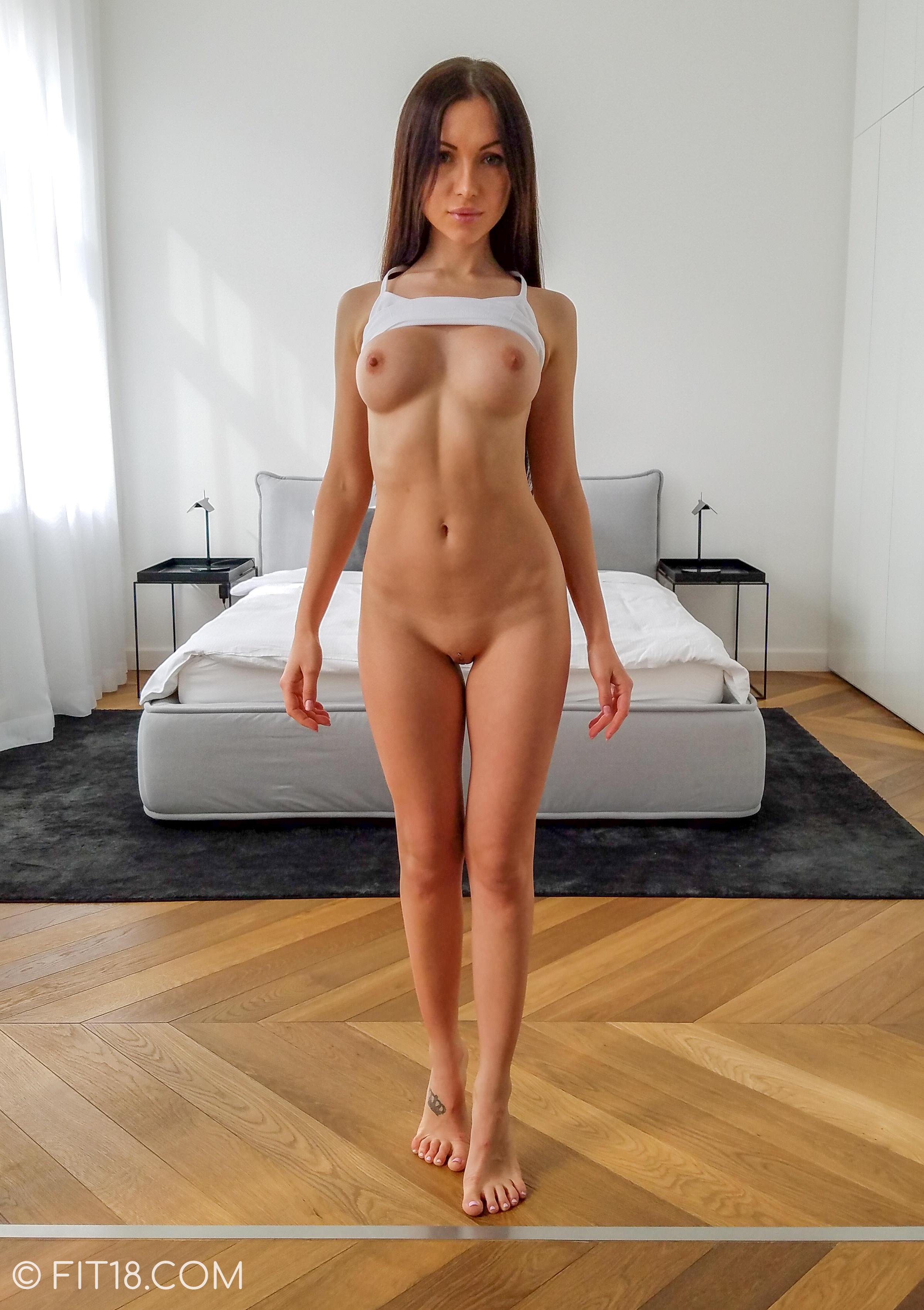 Sasha rose anal porno chaud serré ébène chatte