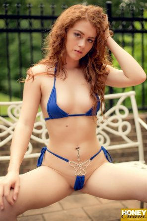 amateur photo Allie in her skimpy blue bikini