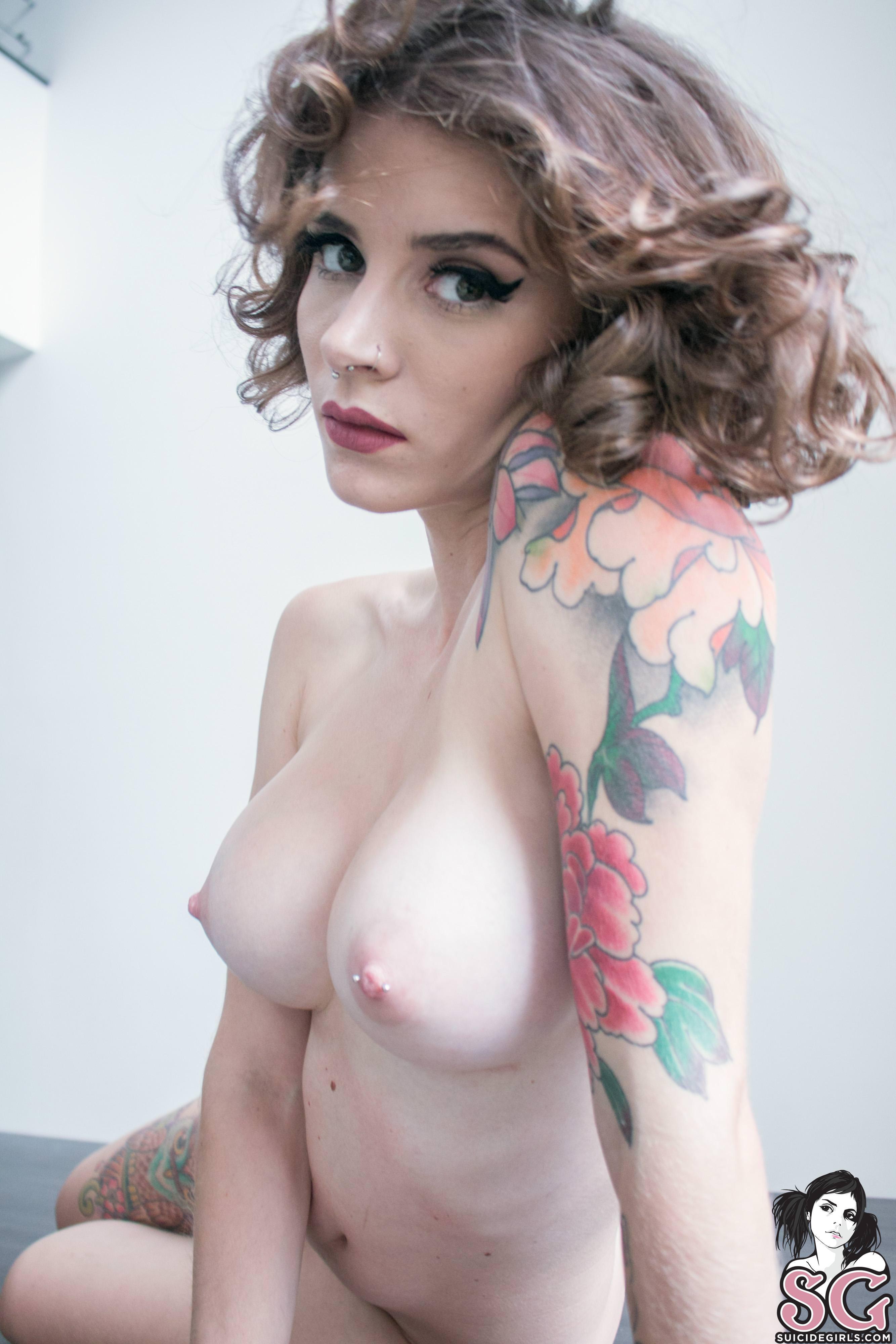 Nude sports women pics