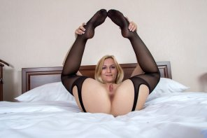 amateur photo Blond In Bed