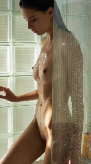 amateur photo Enjoying a shower