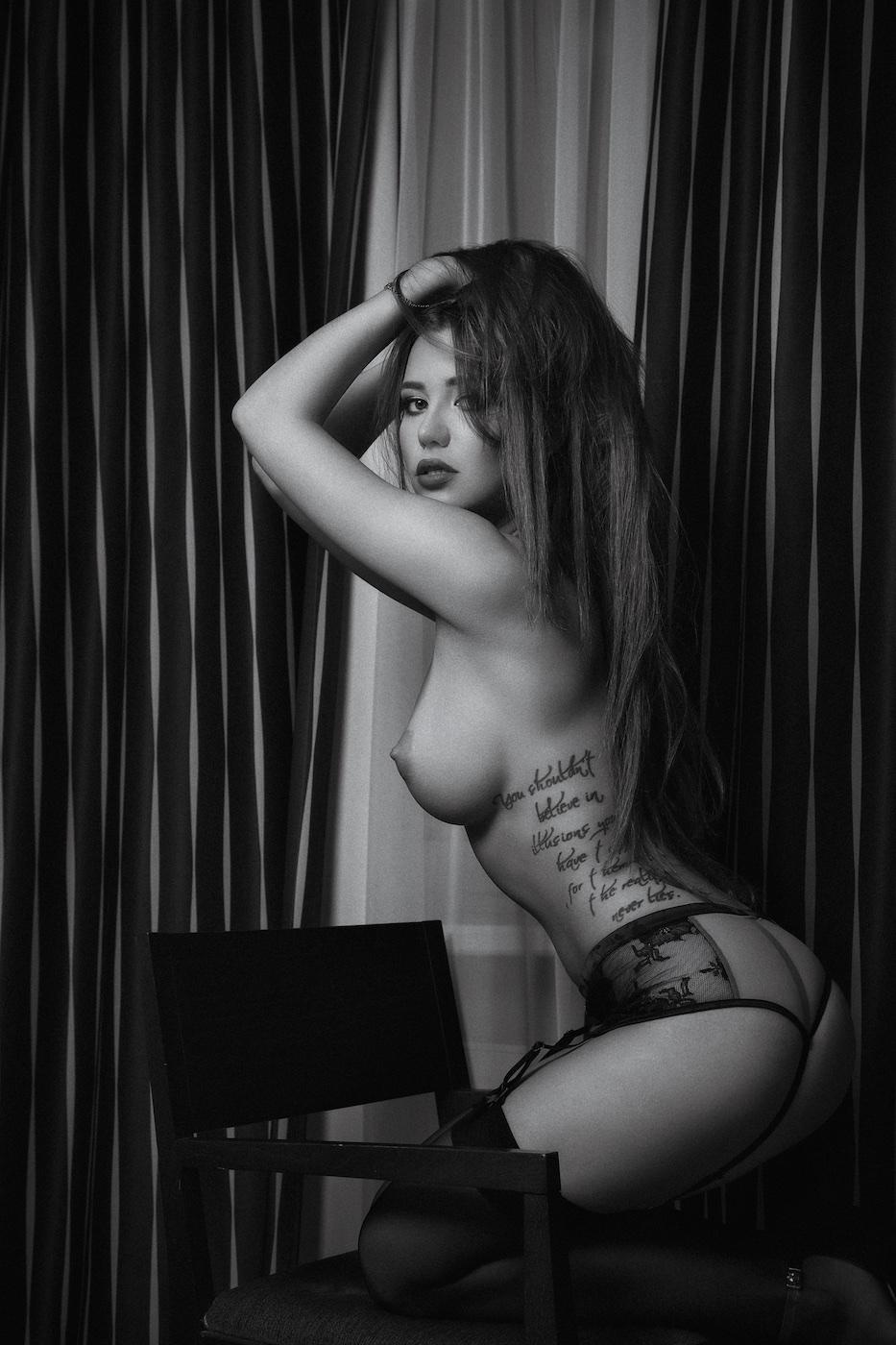 Liya Sitdikova  nackt
