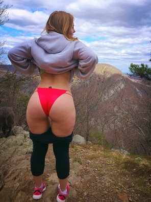 amateur photo Cheeky on a hike