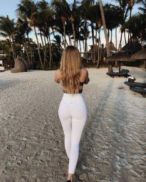amateur photo See Thru Yoga Pants