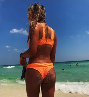 amateur photo Sandy cheeks are great for everyone