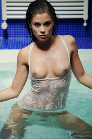 amateur photo Wet and willing