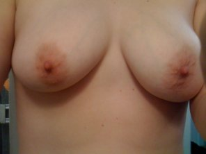 amateur photo Janet topless.