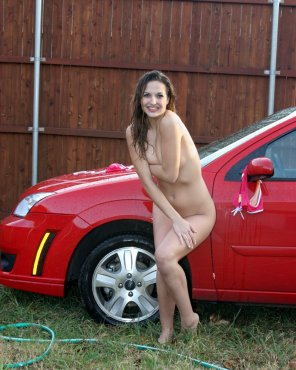 amateur photo Naked outside