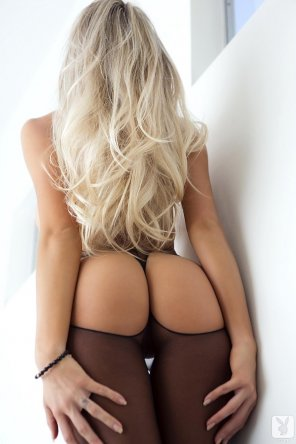 amateur photo Long blonde locks