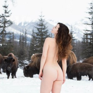 amateur photo Buffalo girl