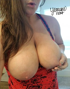 amateur photo Nipple pinches feel so good 😍