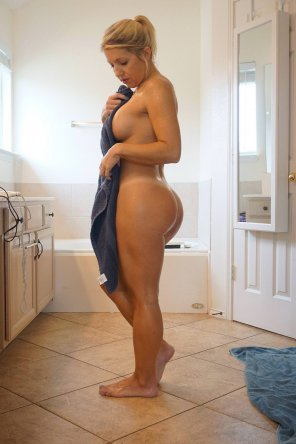 amateur photo texasthighs is the right handle