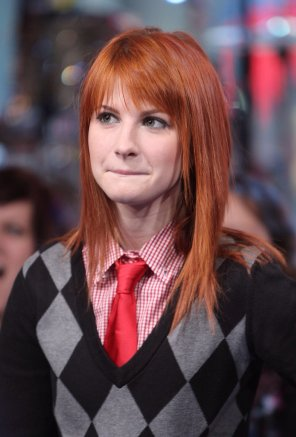 amateur photo Hayley Williams preppy cute