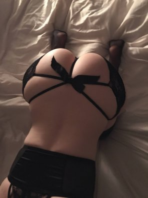 amateur photo Open buttcheeks pantythong. Thoughts? [F]