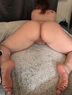 amateur photo [F]eeling Sexy In This Pose