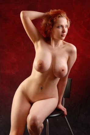 amateur photo She is nice and curvy