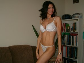 amateur photo Older, but still petite, still in shape, still hot