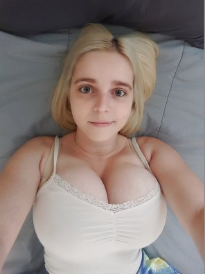 amateur photo Wide-eyed