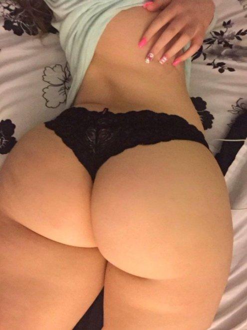 Whooty Porn Photo