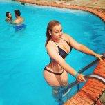 amateur photo Pool girl