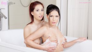 amateur photo Annie and Paula sensual play under the hot shower