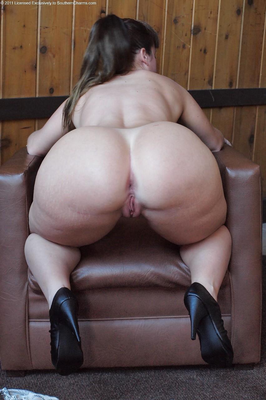 huge thighs porn
