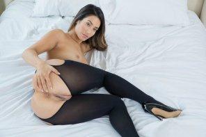 amateur photo Between Black Panties