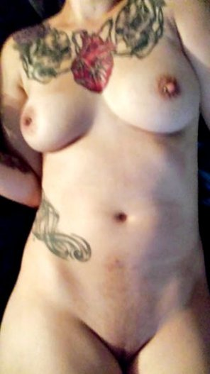 amateur photo Snap: @daisyowens2 - Showing Off my Body Daily!
