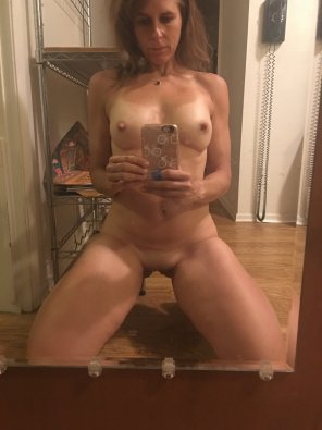 amateur photo For The MILF Lovers