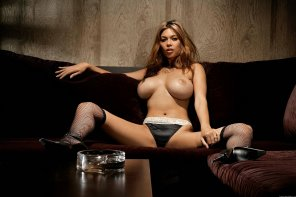 amateur photo Tera Patrick looking just a little slutty in fishnets