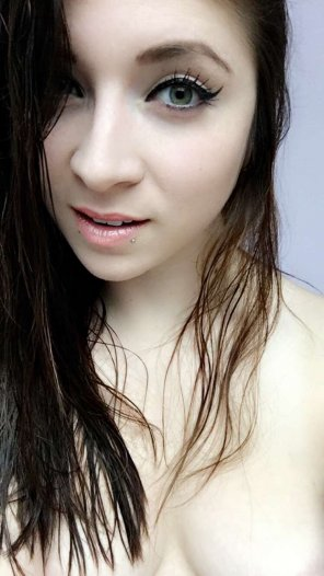 amateur photo Cute and Pale