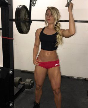 amateur photo Carriejune's legs are awesome