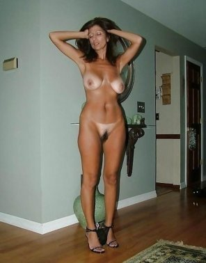 amateur photo Sexy MILF
