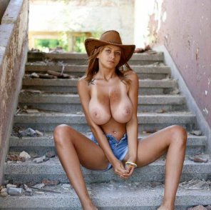 amateur photo Cowgirl Gabriela Baeva!