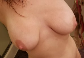 amateur photo Married mom of 2. Do you like my boobs?