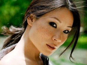 amateur photo Lucy Liu