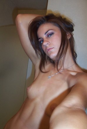 amateur photo Very sexy look in her eyes