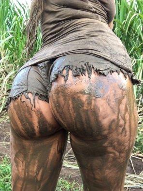 amateur photo Mud butt