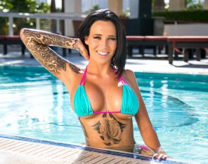amateur photo Bikini girl with tatoo