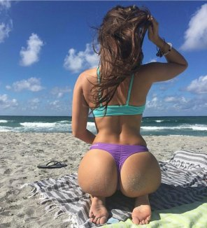 amateur photo Spring Break Booty