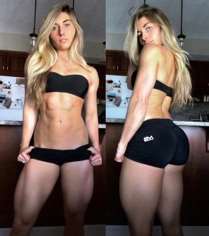 amateur photo Carrie June in Tight shorts