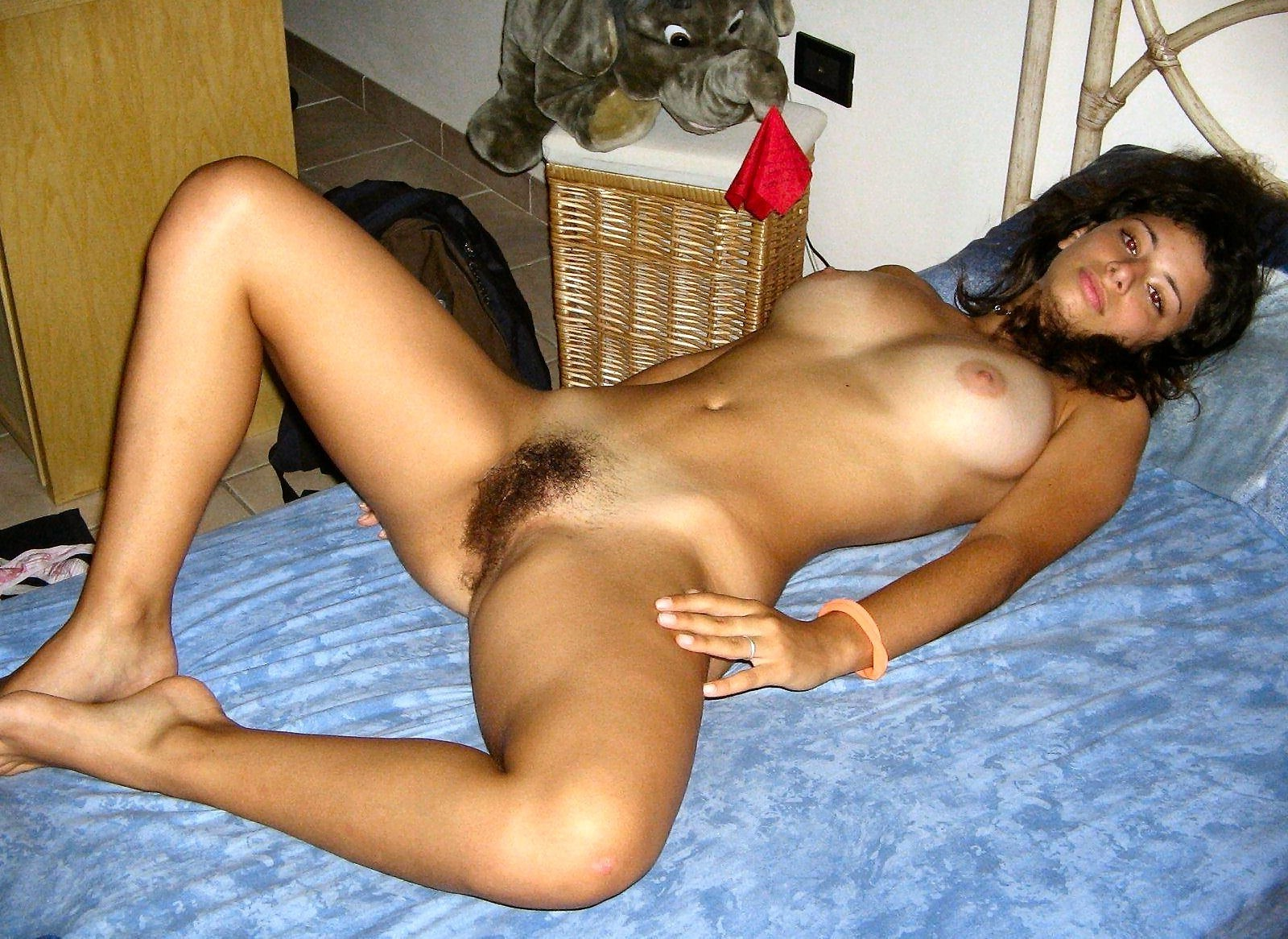 amateur bush hot nude
