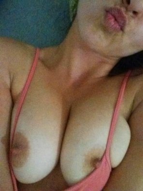 amateur photo glaze my boobies