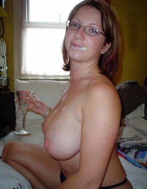 amateur photo Champagne and cum