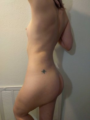 amateur photo Took this after admiring my butt in the mirror