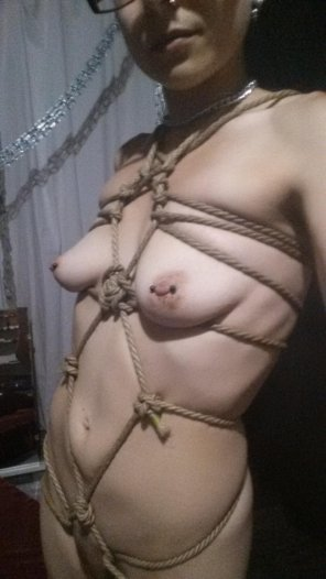 amateur photo Messing around with some self tying. Trying out some of my home made jute ropes.