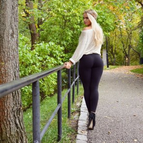 amateur photo High heels and yoga pants